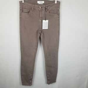 NWT Pistola High Rise Ankle Zip Skinny Jeans